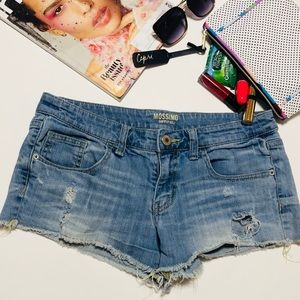 Mossimo Destroyed Distressed Frayed Jean Shorts 11